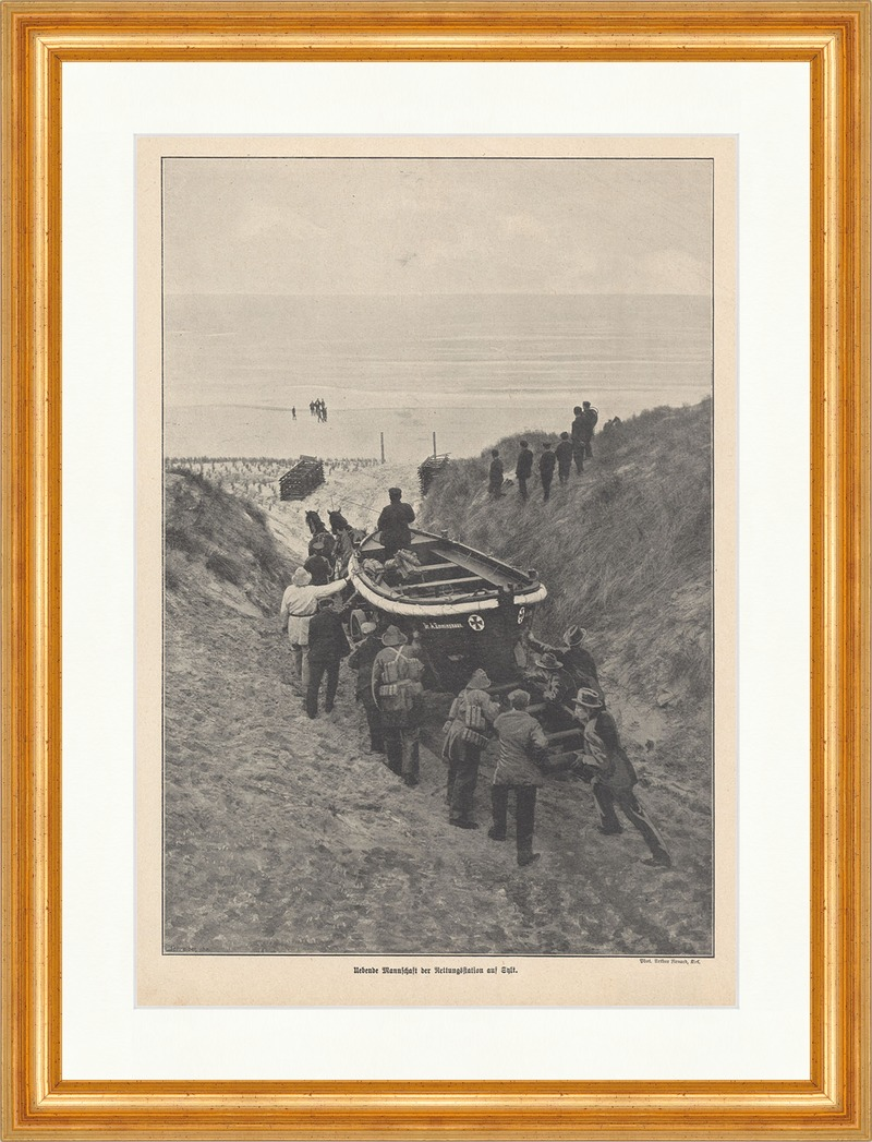 Uebende Mannschaft der Rettungsstation auf Sylt Boote Nordsee Strand ...
